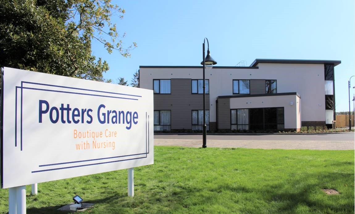 Potters Grange 2021 front sign